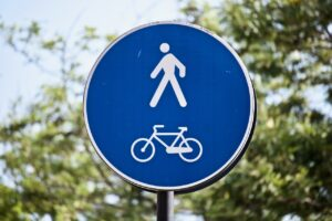 Shared use path sign